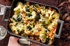 Slimming Get the recipe for this amazing Slimming World cheesy broccoli bake - the perfect low fat mid week meal! - Get the recipe for this amazing Slimming World cheesy broccoli bake - the perfect low fat mid week meal! Low Starch Vegetables, Starchy Vegetables, Veggies, Low Carb Recipes, Diet Recipes, Snack Recipes, Healthy Recipes, Broccoli Bake, Baked Dinner Recipes