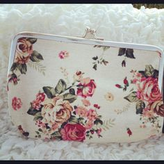 Mottisfont Medium Cream Flower Purse  https://www.facebook.com/pages/Elinors-Cupboard/222897244404367?ref=hl
