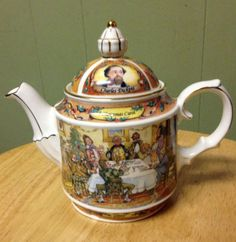 Sadler-England-Charles-Dickens-A-Christmas-Carol-Teapot-1995