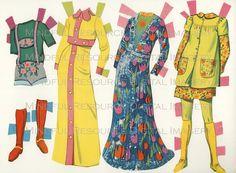 Printable Paperdoll Vintage Fashion Paper Doll Malibu Francie 1973 w/ 25 Dress Ensembles