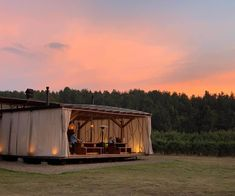 Glamping in Colombia is an incredible experience, because this country has an immense variety of landscapes and climates. Nature Photography Tips, Ocean Photography, Portrait Photography, Wedding Photography, San Gil, Glamping, Tasmania, Amazing Nature, Ecuador
