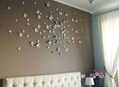 Sypialnia Agnieszki - ściana z motylami inspirowanymi sztuką Paula Vilinskiego