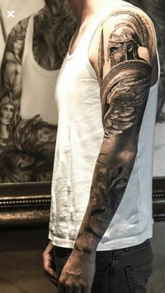 This Spartan warrior is marching into deadly combat in this killer hyperrealist… Dope Tattoos, Body Art Tattoos, Tattoos For Guys, Tatoos, Tattoo Homme, Gladiator Tattoo, Spartan Tattoo, Greek Mythology Tattoos, Warrior Tattoos