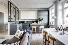 Balcon en couleur pour appartement gris - PLANETE DECO a homes world