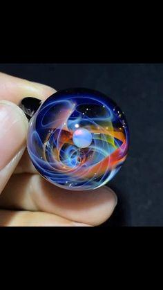 Diy Resin Art, Diy Resin Crafts, Diy Resin Opal, Resin Pendant, Glass Pendants, Resin Jewelry, Jewelry Crafts, Friend Photography, Maternity Photography