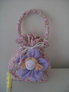 Fun Arts And Crafts, Felt Crafts, Diy And Crafts, Paper Crafts, Embroidery Purse, Hand Embroidery Designs, Kits For Kids, Crochet Handbags, Toy Craft