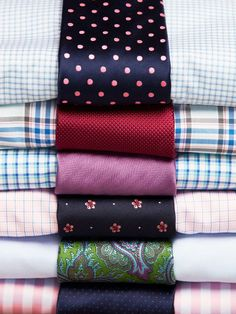 Shirt-and-tie-combinations. Matching shirts with ties can be tricky, but the approach is simple: Shirts with a small-scale pattern pair with ties that have large-scale patterns, and vice versa.