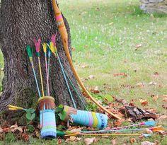 """Making of de la fiesta de indios infantil """"Merienda en la tribu"""". Como se hizo, la decoración, los disfraces... una puesta en escena de lo más real."""