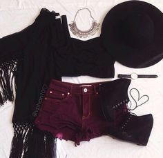 Grunge fashion. Layout my outfit