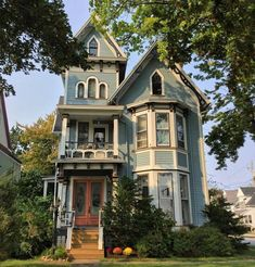 victorian homes Embedded Batavia Genesee country Cute House, My House, Victorian Architecture, Architecture Design, Old Victorian Homes, Victorian Houses, Victorian Cottage, Victorian Homes Exterior, Edwardian House