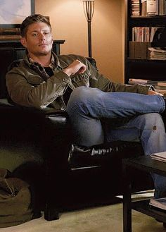 Dean - How would you like to walk into a room and see this.... *THUD* (8x15)