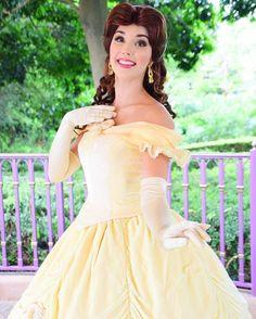 Favorite princess of all time Disney Now, Disney Dream, Disney Magic, Disney Parks, Walt Disney World, Disney Pixar, Disney Princess Makeup, Disneyland Princess, Belle Hairstyle