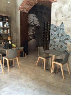 Natural Zebra Antishock and i Natural Tiffany tables by SCAB Design for Restaurant Enotavola of Casa del Barolo - Turin