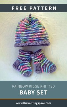 Create this warm and cozy set of knitted cable baby hat and booties set in time for the autumn and winter seasons. This set also makes for a thoughtful baby shower present. Easy Baby Knitting Patterns, Baby Cardigan Knitting Pattern Free, Baby Hat Patterns, Baby Hats Knitting, Free Knitting, Beanie Pattern, Doll Patterns, Motifs Beanie, Knitted Hats Kids