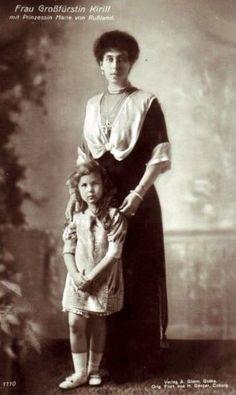 Gróßfürstin Viktoria Melita von Russland mit Tochter Marie
