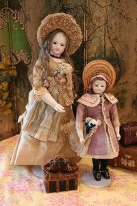 Sharing 2 Antique Dolls belonging to Precious Toys at Doll Shops United http://www.dollshopsunited.com/stores/precioustoys/ #dollshopsunited