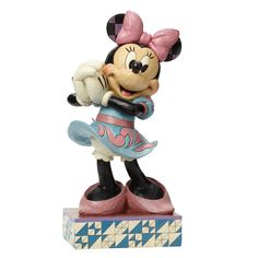 4045250 All Smiles (Minnie Mouse)- This Big Fig Minnie Mouse stands almost 2 feet tall and is plussed with a real metal tail #enesco #disney #jimshore