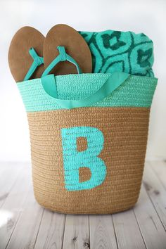 Monogram it! Create a #DIY personalized #beach #tote from @skiptomylou. #HPCreate