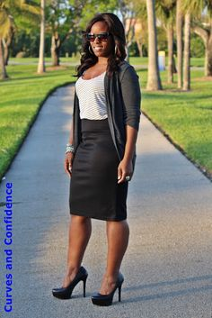 Curves and Confidence | Inspiring Curvy Fashionistas One Outfit At A Time: Oldie But Goodie...* Cardigan - F21 * Tank - Oldnavy * Skirt - Target * Pumps - Jessica Simpson *