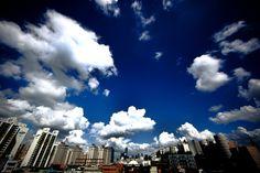 장마 뒤 영등포구청 옥상에서 바라본 하늘
