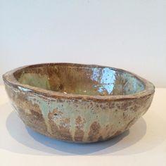 Bowl with an old glaze. Skål med gammel glasur. Copyright by www.anne-mette.com  #gammelglasur #glasur #glaze #danishartist #danishart #bowl #skål #frugtskål #fruitbowl #ceramic #keramik #handmade #håndlavet #grønblå #grønlig #www.anne-mette.com