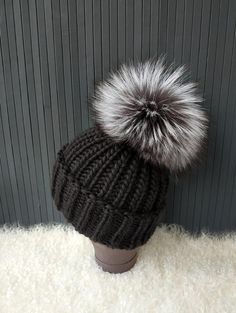Chunky Wool Knit Hat Raccoon Fur Pompom Beanie Knitted Hat Black Beanie  Silver Fox Fur Pompom 2daee6845357