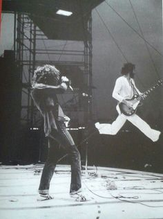 The Who perform on stage at the Fete de l'Humanite music festival, Paris, September L-R Roger Daltrey, Pete Townshend. Rock Roll, Rock And Roll Bands, Pop Rock, Kinds Of Music, Music Is Life, Pink Floyd, Die Füchsin, Metallica, Classic Rock And Roll