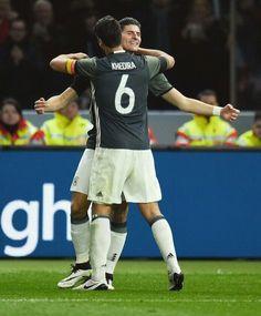 Khedira and Mario Gomez