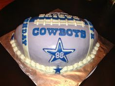 Joyce Gourmet: Dallas Cowboys Football Cake