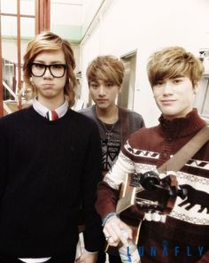 Lunafly- One of my new favorite K-Pop groups. But I absolutely LOVE how they make an English track for each Korean . These boys are winning my love!~~ lukie!