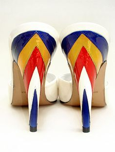 These shoes remind me of Wonder Woman - when she would be out on the town partying of course :)