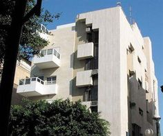 Property Location A stay at Dizengoff Sea Residence places you in the heart of Tel Aviv, walking distance from Gordon Gallery and Bauhaus Center. This aparthotel is within close proximity of Gordon Beach and Tel Aviv City Hall.Rooms Make yourself at home in one of the 14 air-conditioned rooms featuring refrigerators and LED televisions. Windows open to city and courtyard views.