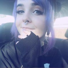 her hair is adorable. Cute Emo Girls, Pastel Goth Fashion, Scene Girls, Hair Dye Colors, Scene Hair, Pretty Makeup, Purple Hair, Alternative Fashion, Cute Hairstyles