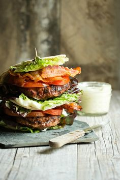 A juicy and healthy version of a Turkey Burger BLT. Full of crispy bacon, lettuce and tomato this is one awesome sandwich - Foodness Gracious