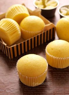 For the past one year, I have been trying out numerous steamed cheese cupcakes recipes. The cupcakes shrunk after cooling down and the texture was dense.