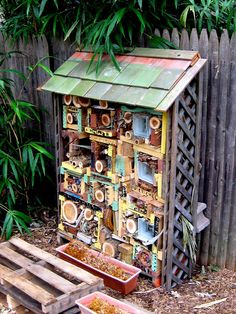 Another lovely insect hotel. #homesfornature.