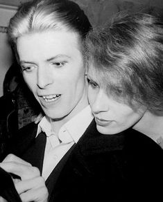 Bowie and Angie, February 1976 Angie Bowie, Mr And Mrs Jones, David Bowie Starman, Tv Show Music, The Thin White Duke, Soundtrack To My Life, Ziggy Stardust, Rock Legends, Record Producer