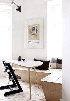 Untitled – Holz, Interior und Architektur we love Fall Home Decor, Home Decor Wall Art, Room Decor, Dining Nook, Dining Room Lighting, Dining Sets, Dining Tables, Deco Design, Küchen Design