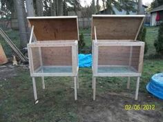 rabbit hutch- basic hutch (link takes you no where) Woodworking Guide, Custom Woodworking, Woodworking Projects Plans, Bunny Cages, Rabbit Cages, Chicken Accessories, Flemish Giant Rabbit, Brooder Box, Rabbit Pen