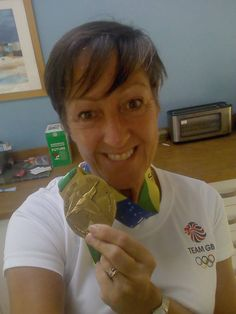 A Gold Rush Medal and a Team GB T-shirt! What a great photo! Team Gb, Gold Rush, Rings, Shirt, Shirts, Ring, Jewelry Rings, Wire Wrapped Rings