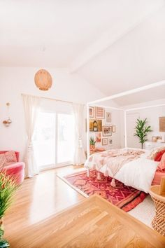 A couple turns the most #disgusting room in their new #home into a #bright #airy inviting space! #curtains #drapes #SpiffySpools
