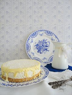 Coconut Cake with white chocolate Cheesecakes, Deli, White Chocolate, Mousse, Coconut, Pie, Plates, Tableware, Sweet
