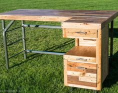 Check out this desk!  Cool!
