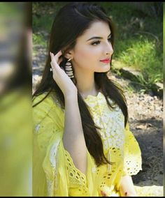 Beautiful Girl Image, Simply Beautiful, Wedding Dresses For Girls, Girls Dresses, Madrid Girl, Pakistani Bridal Couture, Hareem Farooq, Fancy Kurti, Pakistani Actress