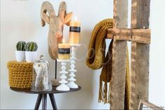 "J-Line Steenbok op voet hout naturel 55h <span style=""font-size: 0.01pt;"">Jline-by-Jolipa-68854-décoration-style-rustique-online-vente-online</span>"