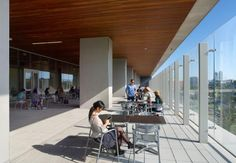 The west-facing terrace on the main floor provides access to the outdoors. Photos courtesy of @HDR Architecture Inc.; ©2013 Tom Arban.