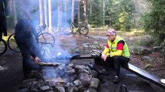Maastopyöräilyä: mtb Vajosuon yöretki 2014