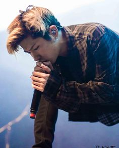 "« Taka! 2015/12/13 ONE OK ROCK 2015 ""35xxxv"" EUROPE TOUR  Wiesbaden – Schlachthof, Germany Photo&review:http://magazin.shout-loud.de/livereview-one-ok-rock-… »"