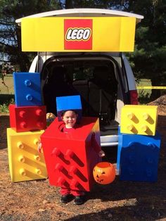 Trunk Or Treat Decorating Ideas. 35 Easy, completely brilliant and super fun trunk or treat decorating ideas for your Halloween! Boy Costumes, Halloween Costumes For Kids, Halloween Treats, Halloween Party, Costume Ideas, Superhero Halloween, Halloween Balloons, Halloween Fashion, Halloween 2016