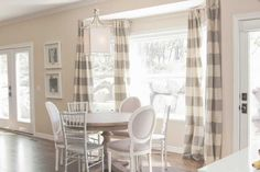 Most Enchanting Rustic Dining Room Table Ideas | Allowed in order to our website, with this period I'm going to explain to you with regards to MOST EN... http://zoladecor.com/most-enchanting-rustic-dining-room-table-ideas